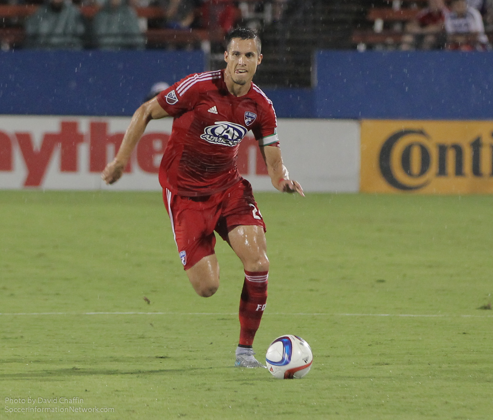 Matt Hedges plays in FCDvHOU