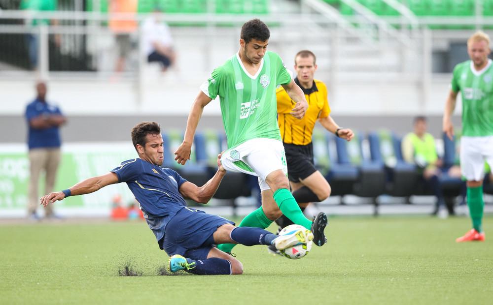 Aztex Cuero tackles OKC Energy FC player